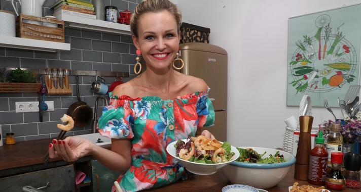 Kóstold meg velünk Marton Adri ázsiai rákos wonton salátáját!
