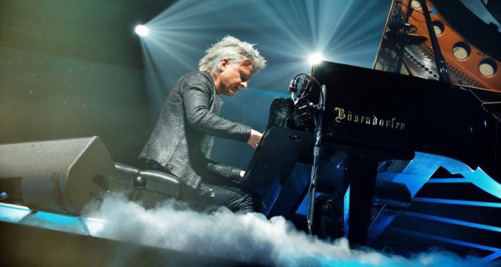 Első magyarként adott koncertet Havasi Balázs a világhírű londoni Wembley Arénában