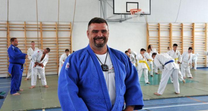 Edző, coach, költő - Ilyés Gyula, a Veresi Küzdősport Egyesület vezetője